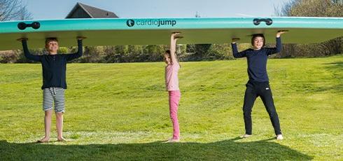 Podložka na cvičení cardiojump Airtrack s pumpičkou Během okamžiku můžete začít