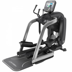 Life Fitness elliptical Platinum Club Series Discover SI FlexStrider
