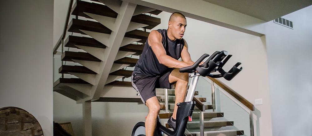 Vélo de biking Life Fitness IC7 by ICG