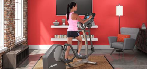 Figure: Naturalny i bezpieczny dla stawów ruch podczas treningu.