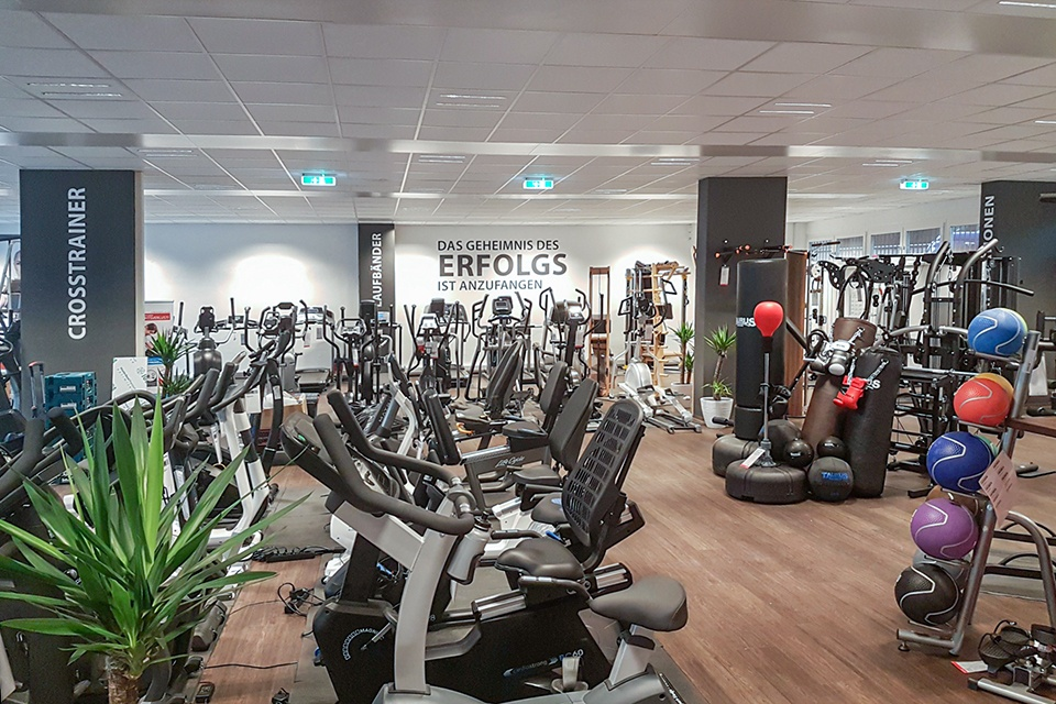 c4a03e135392 Fitshop in Salzburg - Europe s No. 1 for home fitness