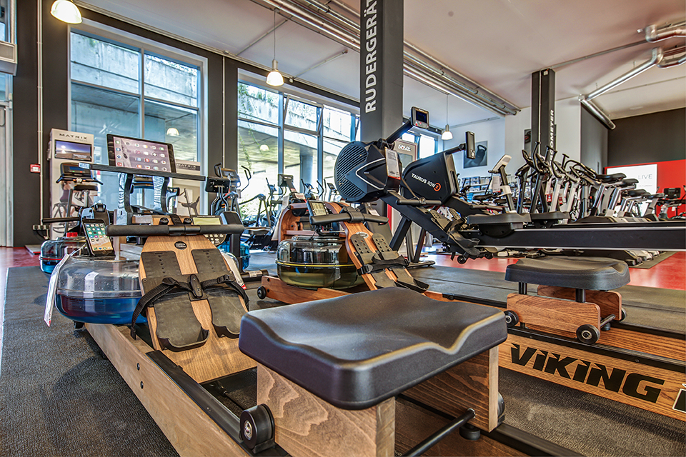 e1ebf251bdfe Fitshop in Stuttgart - Europe s No. 1 for home fitness