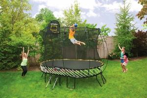Trampoline avec fibre de verre - sauter en l'air sans l'aide de ressorts